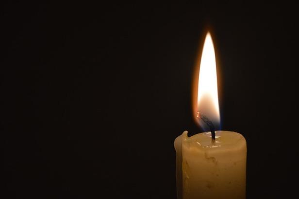candle-139120_640