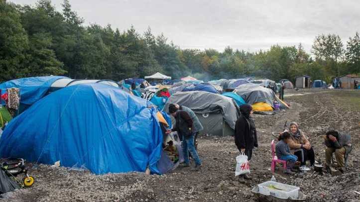 x870x489_migrants_0.jpg.pagespeed.ic.tlVKcm-x5u