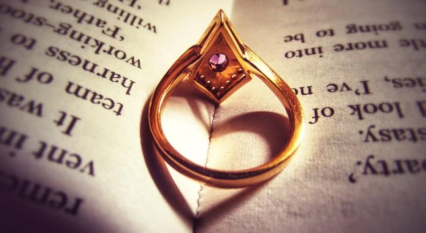 cropped-ring-love2.jpg