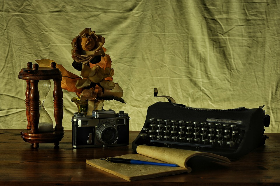 Camera Type Writer