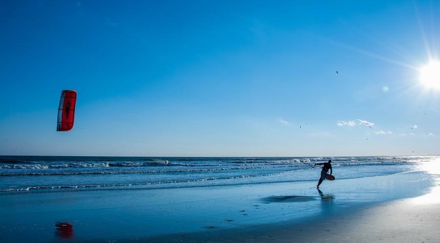 Activity Fun Sky Kite Ocean Flying Beach